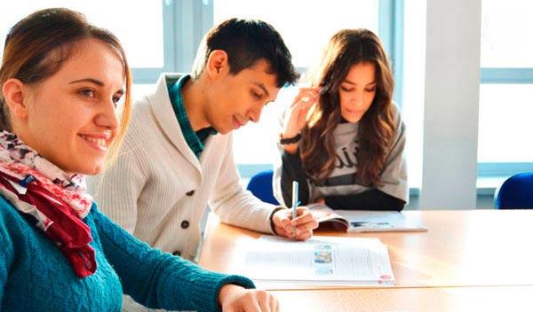 Sprachkurse für Kinder und Jugendliche in Passau